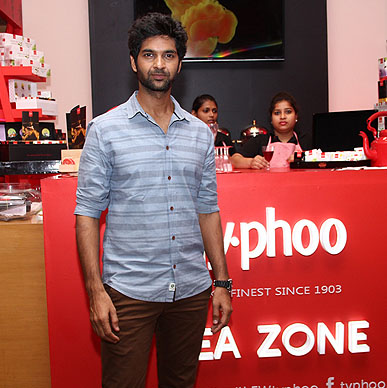 OMG!!!!! Is it Typhoo effect on actor Purab Kholi