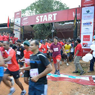 Typhoo runs the Marathon with Snap Fitness and raises funds for Goonj's relief work in Uttarakhand - Bangalore