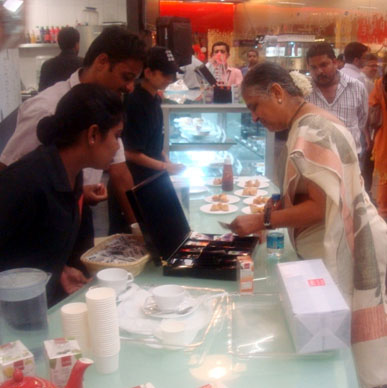 Typhoo loves serving up its flavours to Sudha Murthy Chairperson,Infosys Foundation - Cha Bar, Bangalore
