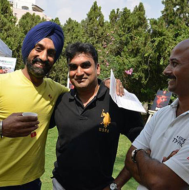 Typhoo simply enjoyed the excitement of the renowned Chef Surjan Singh Jolly after trying the tantalizing flavours of Typhoo, his smile says it all