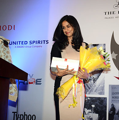 Actress Gul Panag greeted by Typhoo spring of life hamper at Wow Men Awards hosted by Cequin.