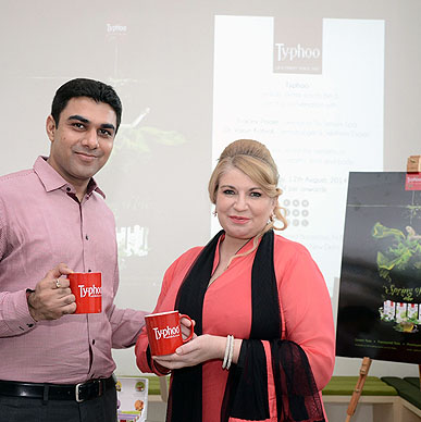 Typhoo Spring of Life! Tracey Poole and Dr. Varun Katyal raise a cheer to Typhoo Green Tea. We thank the stalwarts for the in-depth talk on the holistic benefits of Green Tea